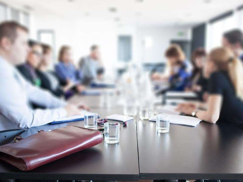 6 tips for running a meeting effectively