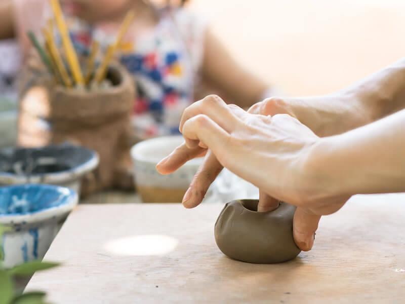 12 idées d'activités manuelles à faire avec les enfants