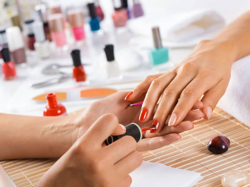 Tips for a manicure at the top