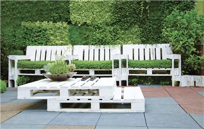 Votre salon de jardin en palettes