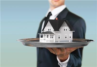 Acheter ou vendre grâce à un agent immobilier