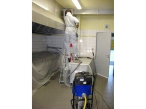 Dégraissage et nettoyage de hotte