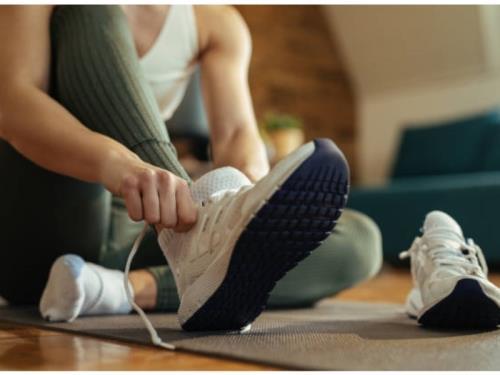 Nettoyage et recoloration sneakers
