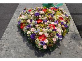 Begräbnis - Trauerherz, geschlossen