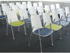 Chaises de salles de formation