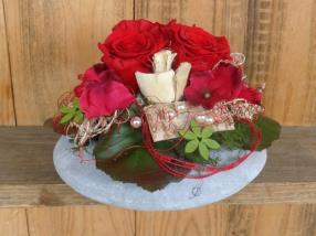 Blumenkurs - Arrangement mit stabilisierten Rosen