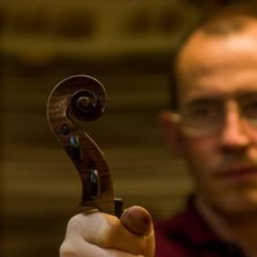 Entretien et réparation de violons