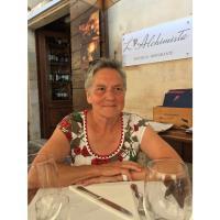 Mme Raymonde Hames
