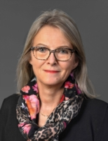 Mme Véronique Eischen