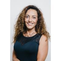 Mme Isabel Pereira