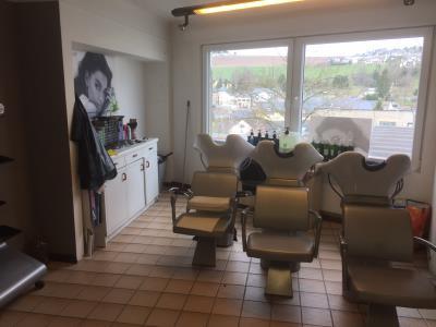 Salon de Coiffure - L\'Atelier du Cheveu - Friseur, Kosmetik und ...