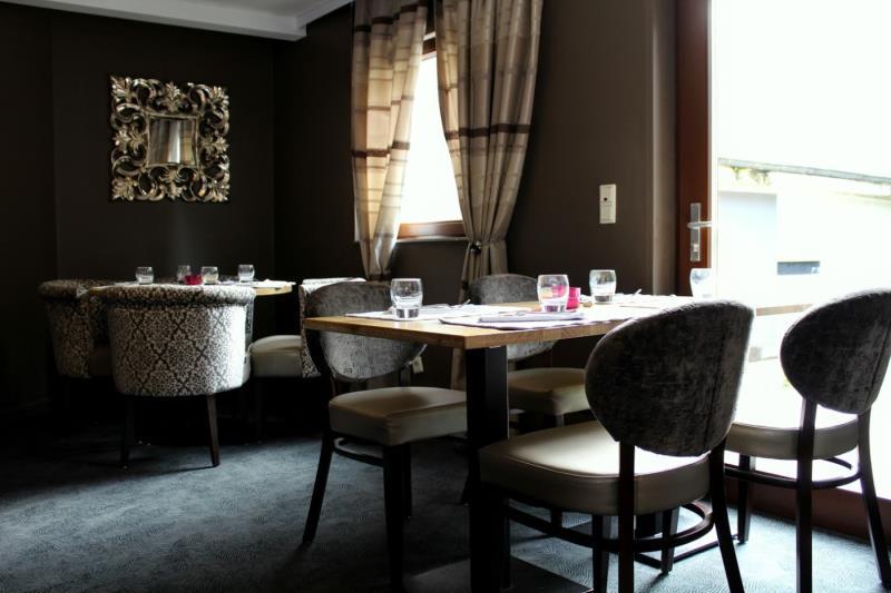 Restaurant Les Terasses Rue Des Archives