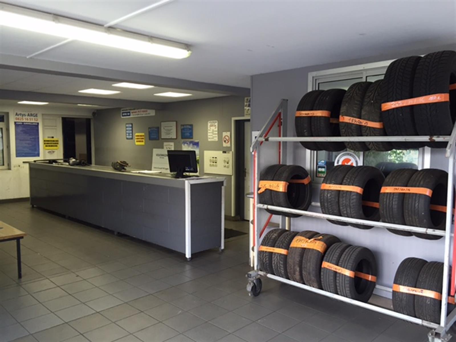 Auto thionville casse auto accessoire automobile casse automobile editus - Garage route de thionville metz ...